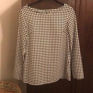 Long sleeve black and white gingham blouse